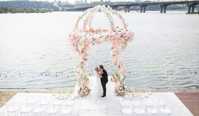 3MeetingandWalk 65 1 e1626789909768 свадебное агентство Киев